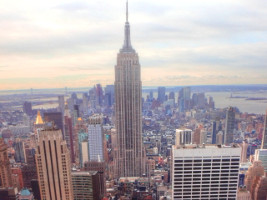 fluege_new_york_empire_state_building
